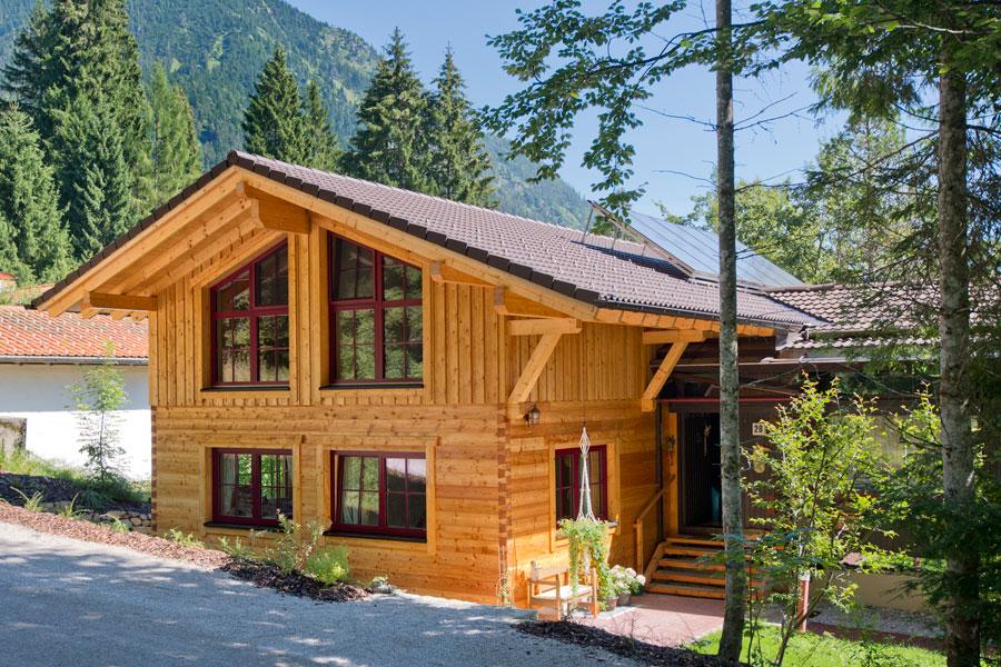 hultahaus sommerschuh holzhaus hultahaus bauen in bayern baden w rttemberg. Black Bedroom Furniture Sets. Home Design Ideas