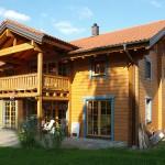 """Holzhaus aus Kantholzbalken """"Haidrich"""""""
