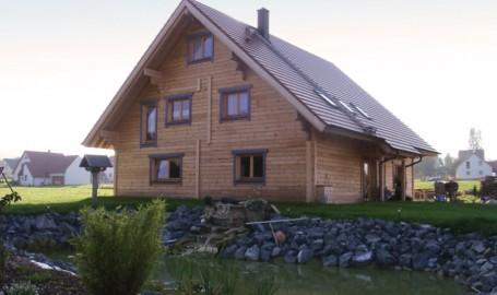 """Holzhaus aus Kantholzbalken """"Ott"""""""