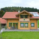 "Holzhaus aus Kantholzbalken ""Zech"""