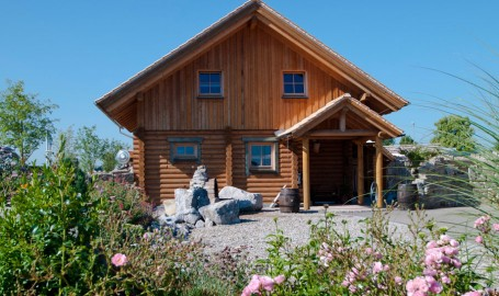 """Holzhaus aus Rundholzbalken """"Sedlmair"""""""